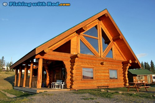 Luxury Cabin at Tunkwa Lake